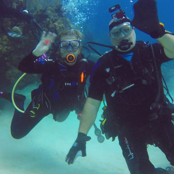 Craig Hospital Alumnus Corey Fairbanks Participating In an Adaptive Scuba Diving Trip After Spinal Cord Injury Recovery