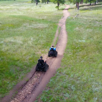 Craig Hospital's Therapeutic Recreation Program took patients with Spinal Cord Injury to Staunton State Park for an Adaptive Hiking Outing