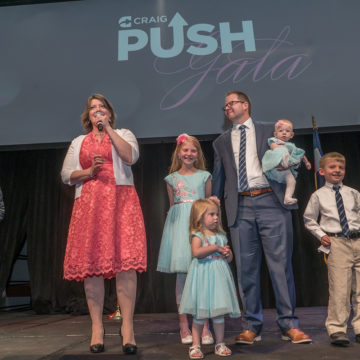Kelli Johnson And her Family At 2017 Push Dinner.  Kelli shares advice on mothering after a traumatic brain injury.
